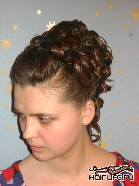 Прическа на длинные волосы прическа