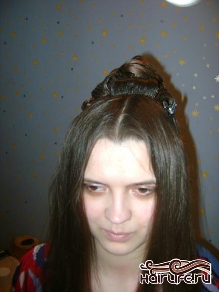 Прическа для длинных волос на выпускной