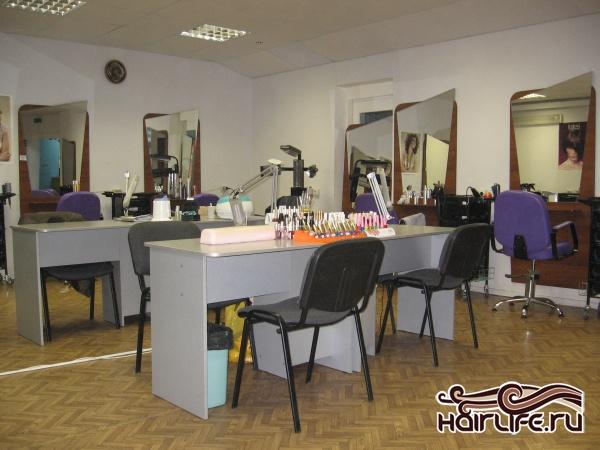 рабочии места для парикмахеров
