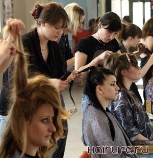 Узбекские парикмахеры примут участие в Международном конкурсе в Санкт-Петербурге