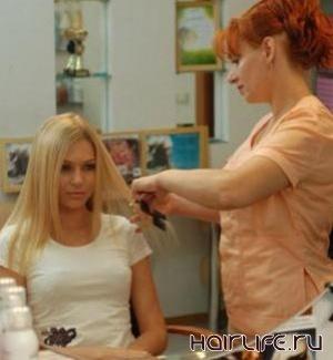Смотреть голые парикмахеры разрешают сосать клиенткам