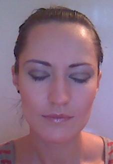 Готовый макияж с закрытыми глазами.